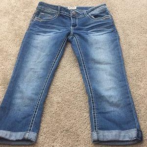 Mudd Capri denim jeans